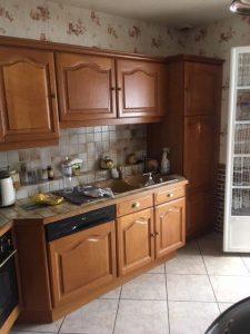 relooking d'une cuisine rustique, son plan de travail et la crédence